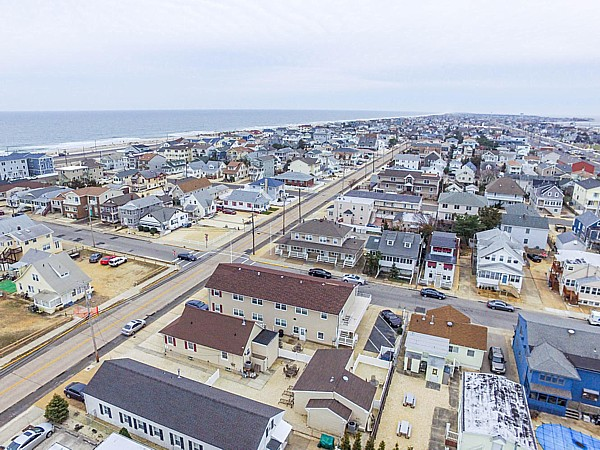 Seaside Park Two Bedroom Suite House Apartment Vacation Rental
